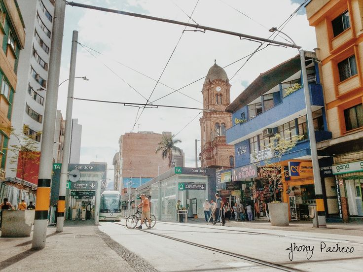 https://flic.kr/p/JJxMLE   Tren Via - Ayacucho   Ayacucho, te quiero mucho... #Ayacucho #Medellin