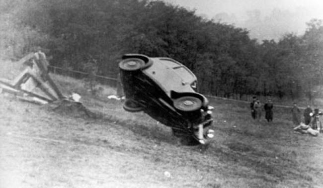 Mobil Apa Yang Menjalani Crash Test Pertama Di Dunia? - Vivaoto.com - Majalah Otomotif Online