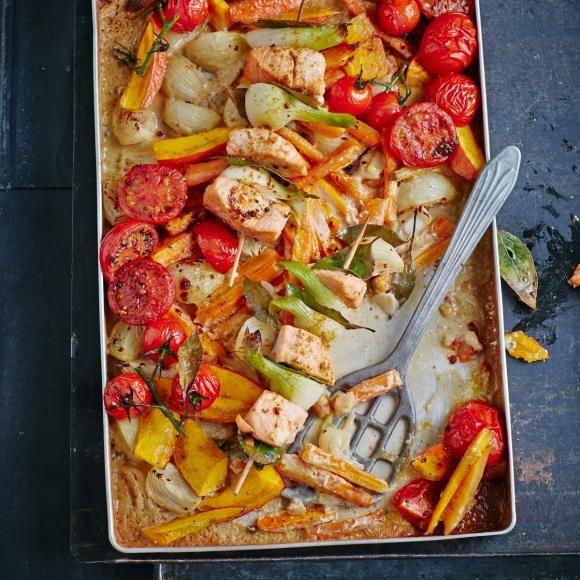 Rezept: Curry-Lachs-Schaschlik mit Schmorgemüse