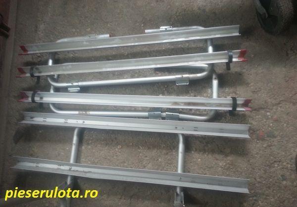 Ofer cateva elemente pentru suporti de biciclete pentru rulota, constand in sine fixare si cadre suporturi.
