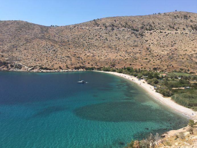 Yunan Adaları Vizesi ile İlgili Tüm Soruların Cevapları : Yunan adaları     Yunan adaları ile ilgili ne biliyorsam anlatayım demiştim. Sıra geldi Yunan Adaları vizesi (Yunanistan kapı vizesi) yazıma. Kendimce ve de dilim döndüğünce, size hem Schengen vizesi (Şengen vizesi) sürecini hem de Yunanistan vizesi sürecini, farklarını, masraflarını ve gerekli dökümanlarını... http://www.xn--yoldaym-wfb.com/yunan-adalari-vizesi-ile-ilgili-tum-sorularin-ceva