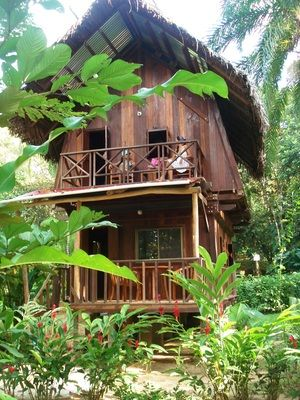 Bungalows Red frog bungalows