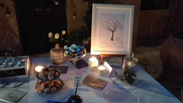 table for guest book
