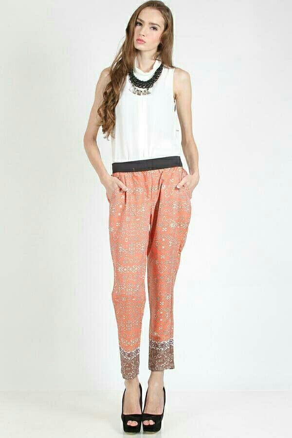 Jual PK005-Sekar Batik Pants orange electric HQ hanya Rp 100.000, lihat gambar klik https://www.tokopedia.com/naatunnshop/pk005-sekar-batik-pants-orange-electric-hq