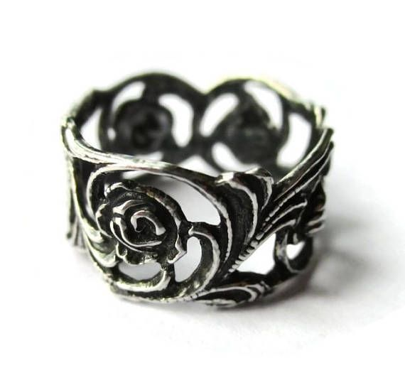 Art Nouveau style floral band, 800 silver vintage ring by Christoph Widmann of Pforzheim, Hildesheimer Rose design, gift for her. https://www.etsy.com/uk/listing/556457585/art-nouveau-style-floral-band-800-silver