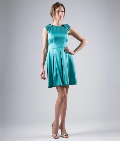 #ItalianStyle #madeinitaly #wearitaly '50s style Sheath dress, closed pleats, overlapped shoulder pads. Mikado, silk blend.