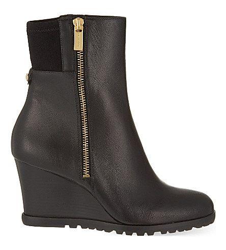 MICHAEL MICHAEL KORS Aileen wedge heeled boots (Visti da ETRE)