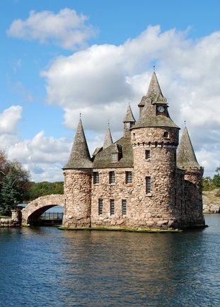 When driving through upstate New York expect open fields, some of the country's best BBQ, and castles on islands.