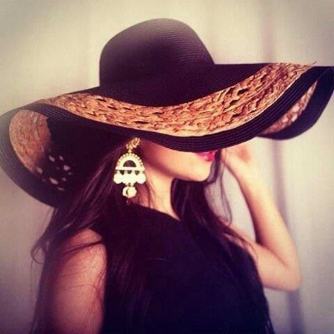 Every lady needs a hat <3
