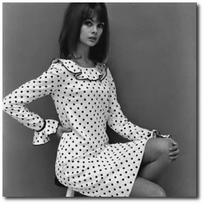 http://elbauldepepe.blogspot.com.ar/2013/05/fotografias-fashion-moda-anos-60s.html#.VBjlVZR5Ox4