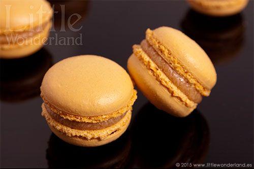 Macarons de caramelo salado | Little Wonderland