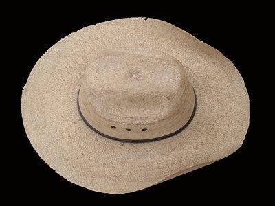 How+to+Sculpt+a+Cowboy+Hat+Cake+