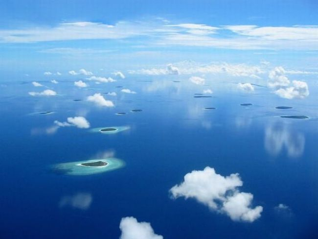 islands!Amazing, Clouds, Needs A Vacations, Blue Sky, Vacations Photos, Beautiful Places, Nature Photography, Sea Islands, Maldives