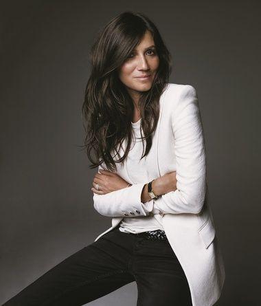 Emmanuelle Alt French Vogue white blazer black jeans
