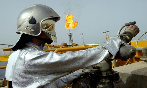 Νορβηγία: Πυρκαγιά σε πλατφόρμα πετρελαίου στη Βόρεια Θάλασσα: Η νορβηγική Statoil δήλωσε σήμερα ότι σταμάτησε την παραγωγή πετρελαίου σε…