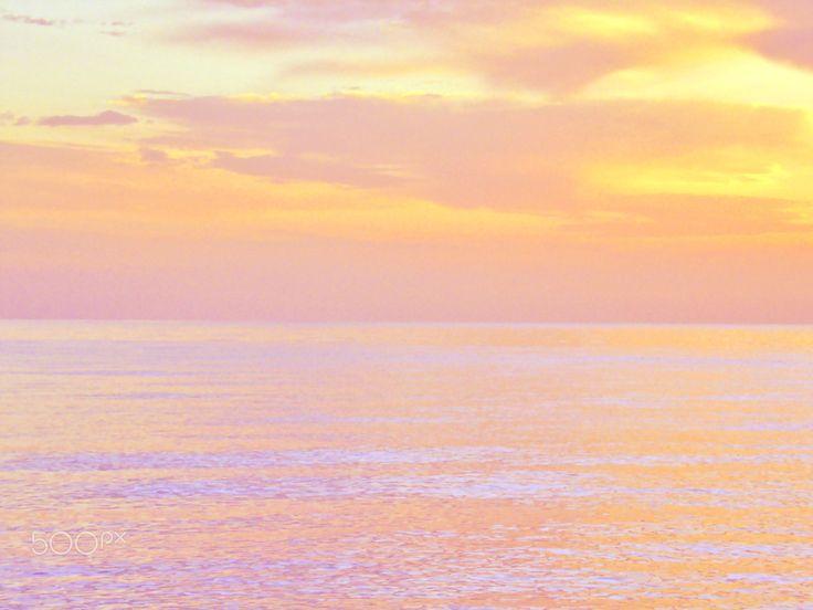 Ägäis - Sonnenuntergang an der ägäischen Küste bei der Stadt Kemer in der Türkei.