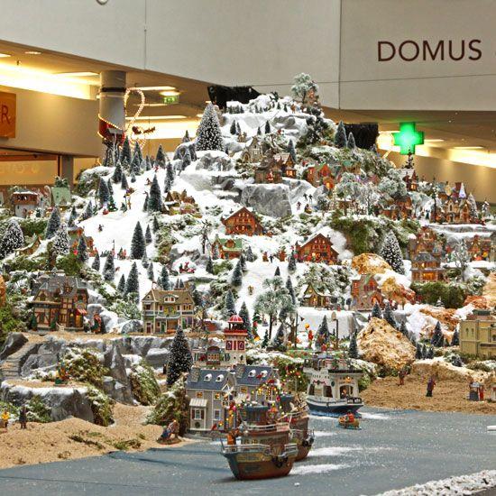 ATELIER RUE VERTE , le blog: Village de Noël géant au centre commercial Domus