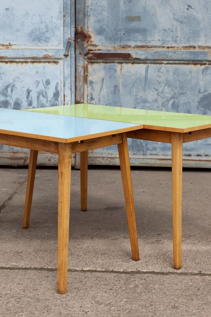 Walter table by studio Woot Woot