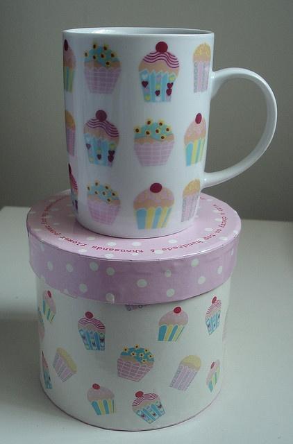 Cupcake Mug and canister...lovely