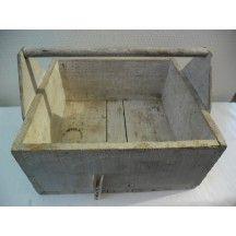 Ancienne caisse à outils en bois vintage #ancienne #caisse #outils #bois #vintage #rangements