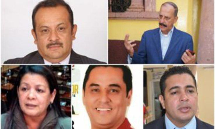 A pesar que están por vacar en sus cargos, jueza ordena suspensión contra cinco diputados