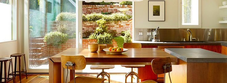 Раскладные столы для маленькой кухни: как оптимизировать кухонное пространство и обзор наиболее удобных современных моделей http://happymodern.ru/kuxonnye-stoly-raskladnye-dlya-malenkoj-kuxni/ kuxonnye_stoly_raskladnye_dlya_malenkoj_kuxni Смотри больше http://happymodern.ru/kuxonnye-stoly-raskladnye-dlya-malenkoj-kuxni/