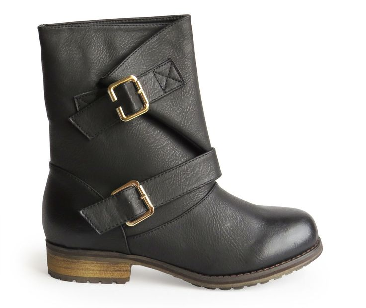 botas con hebilla negra 29,90€ www.calzadospayma.com