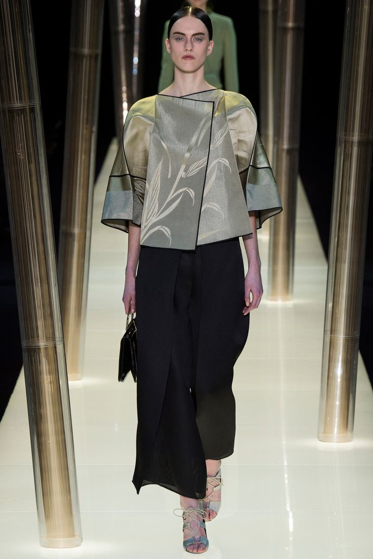 Farb-und Stilberatung mit www.farben-reich.com - Armani Privé Spring 2015 Couture - Collection - Gallery - Style.com