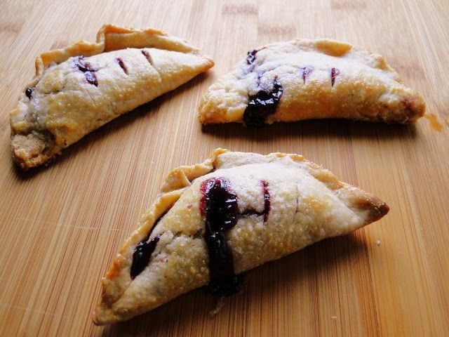 Knitty baker: PPB: Marionberry Turnover