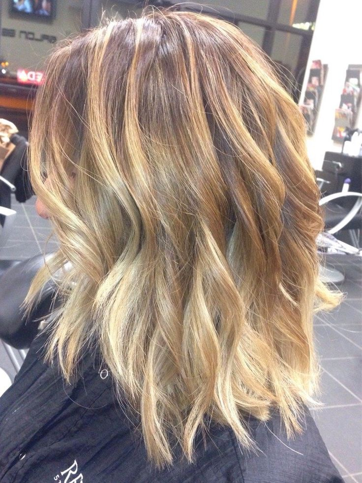 Light Brown Base With Blonde Balayage   11 Bombshell Blonde Highlights For Dark Hair - Best Hair Color Ideas by Makeup Tutorials at http://makeuptutorials.com/11-bombshell-blonde-highlights-dark-hair/