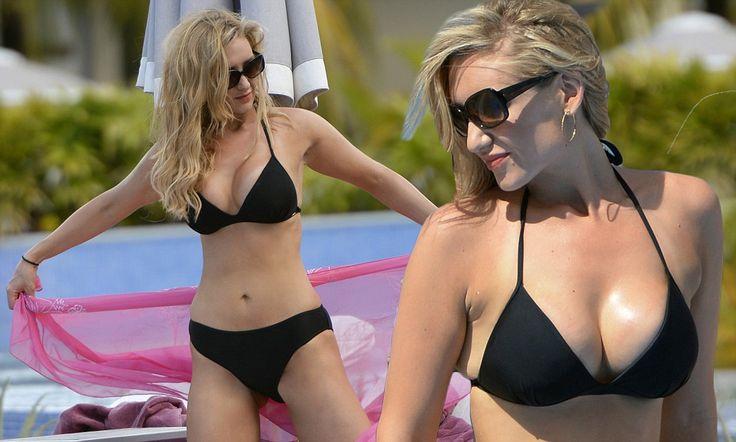 Corrie's Catherine Tyldesley displays her toned bikini body