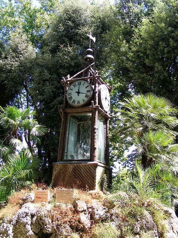 Водяные часы на Пинчо