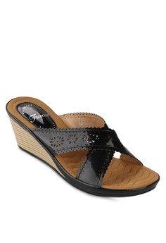 jual sepatu wanita murah berkualitas: Sepatu wanita Tracce Female Platform Sandal