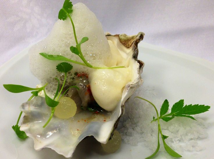 Oyster & Pear
