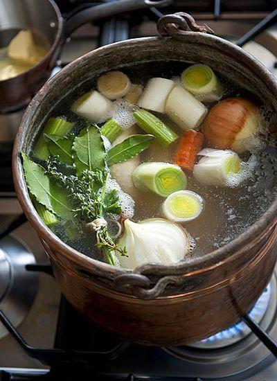 kippenbouillon pan groenten