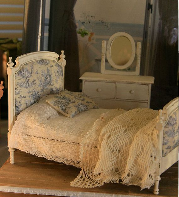 best 25 double beds ideas on pinterest solid wood table. Black Bedroom Furniture Sets. Home Design Ideas