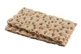 """Pan típico de Groelandia: """"El pan WASA""""  Lo que destaca del pan Wasa es que está elaborado con grano entero, tiene hidratos de carbono de absorción lenta, sin azucares añadidos y alto porcentaje de fibra. Acordaos de acompañar el pan Wasa con un buen vaso de agua o una infusión para hidratar la fibra."""
