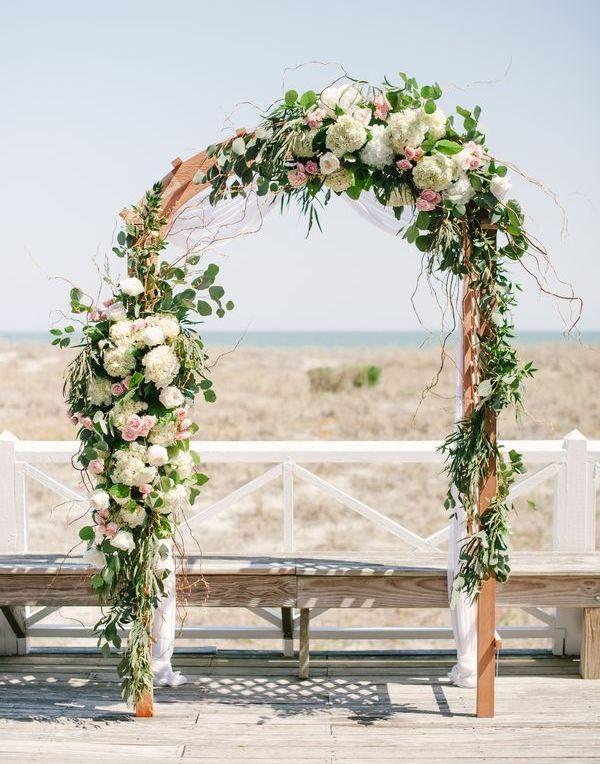 Украшение свадебных арок