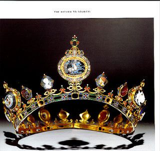 The Devonshire tiara, part of the Devonshire neo-classical parure made by C.F. Hancock. Gold; enamel; diamonds; cornelian; onyx; garnet; jacinths; lapis lazuli; plasma, and sardonyx.
