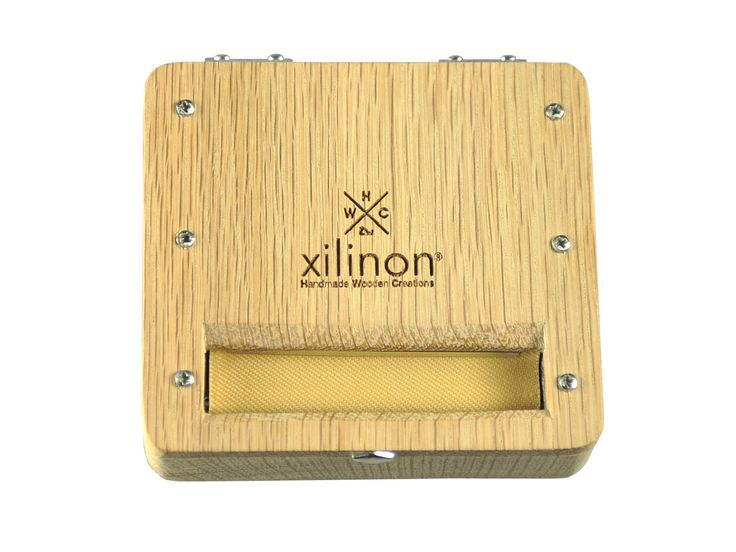 Tobacco rolling case   handmade   wooden   wood type: oak   by Xilinon on Etsy