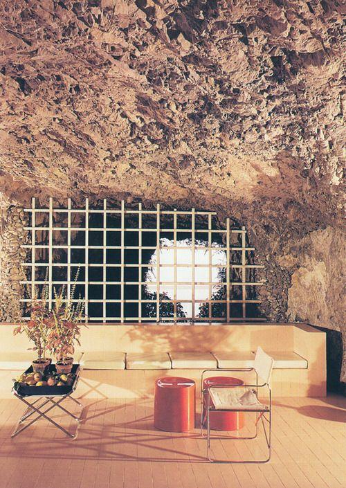 Gae Aulenti - Grotto House