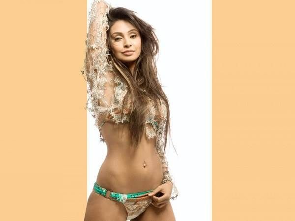 Simran heiße Nacktfotos