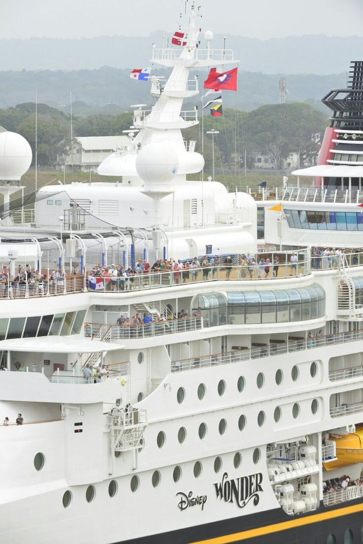 Gigantic Disney Cruise Ship Spotted At The New Panama Canal - Humans At Sea