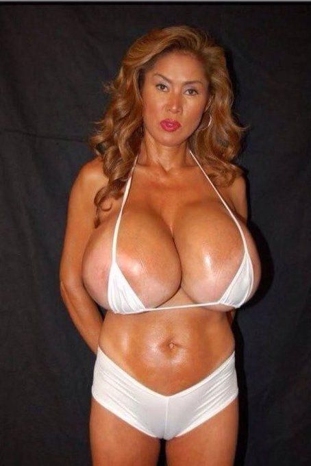 porn anal chubby brunette