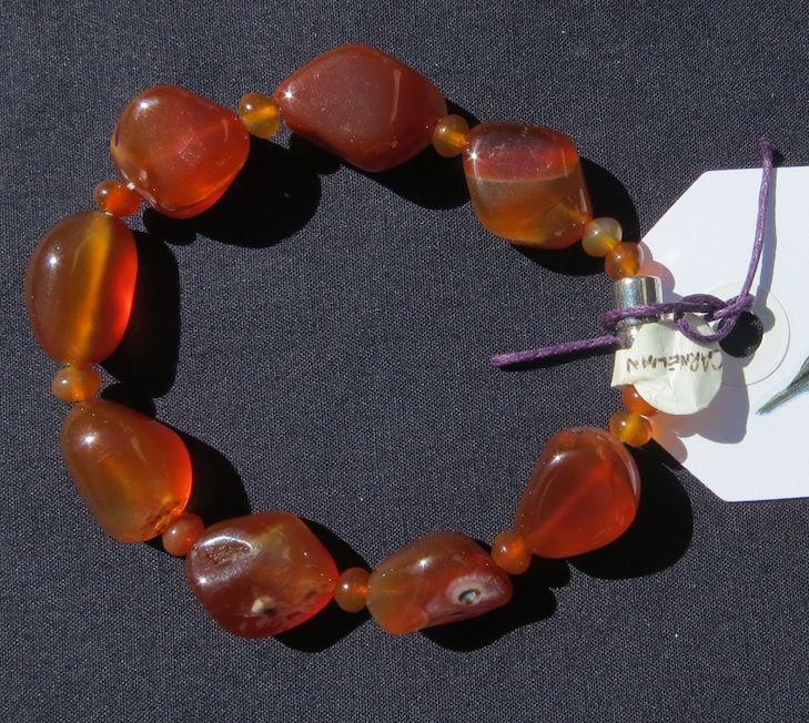 #20 - Handmade bracelet (Retail value $30.00)  Starting Bid:  $5.00 CDN