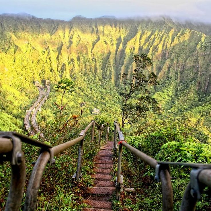 Marches Oahu - Hawai http://checkin.trivago.fr/2014/06/69-lieux-visiter-avant-de-mourir