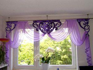 Орнаментные фиолетовые шторы для кухни