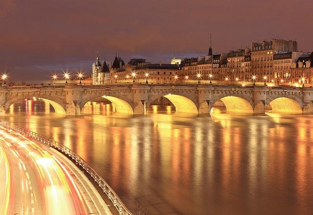 Paris by nightBeautiful Cities, Favorite Places, Paris At Night, Paris The, Night Lights, Pictures Of Paris, Le Francophilecest, Francophilecest Moi, La Nuit