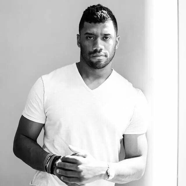 Hello Russell Wilson #3 yummy