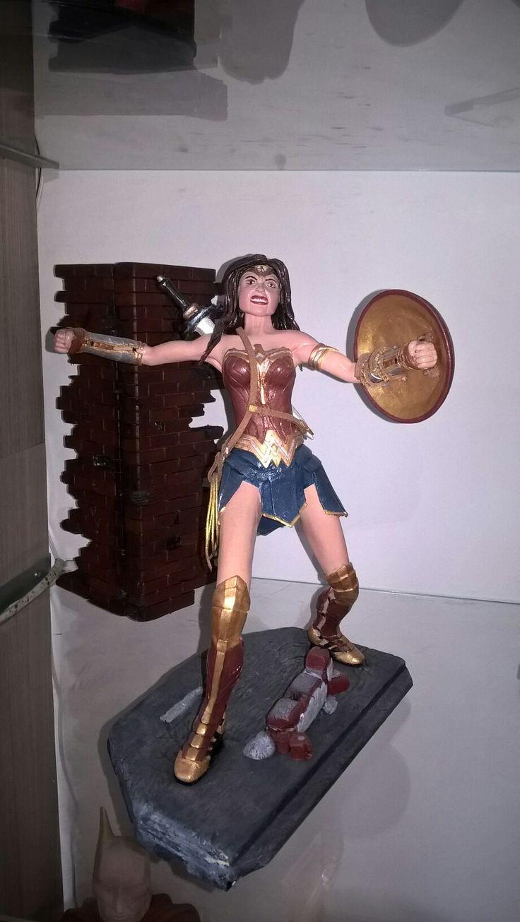 Wonder Women .Má první soška .My first statue